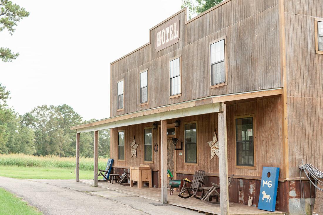 the-horse-guru-michael-gascon-gascon-horsemanship-facility-20_orig